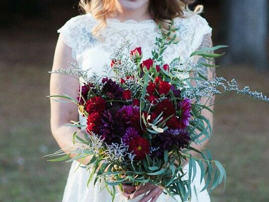 Dark and lovely bouquet for a boho bride!